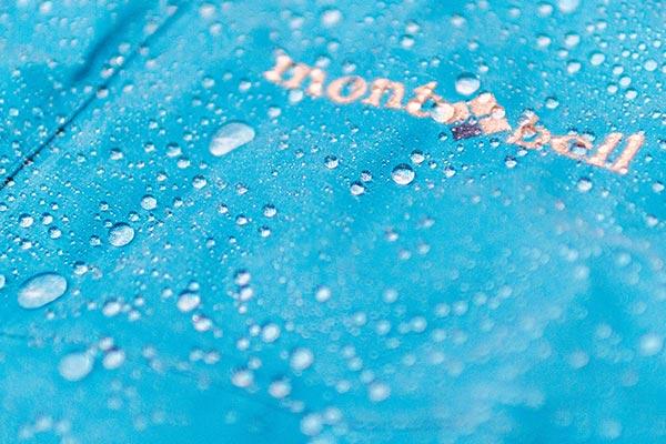 アウトドア専門撥水加工専門サービス「ドロップルーフ」は驚きの撥水効果と耐久性